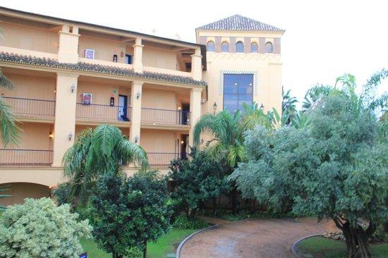 Hotel Guadalmina Spa & Golf Resort: Террасы