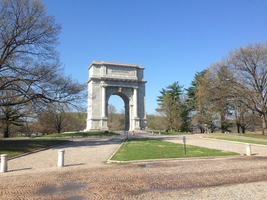 Valley Forge National Historical Park: Memorial arch