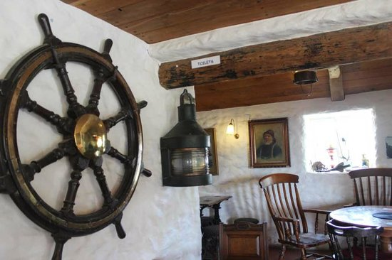 The Old Sailors: Part of the Bar