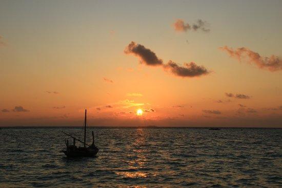 Gili Lankanfushi Maldives : Tramonto dalla spiaggia