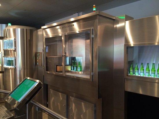 Heineken Experience: Processo di imbottigliamento