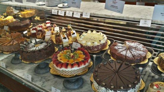 Gerstner K&K Hofzuckerbäckerei: cakes