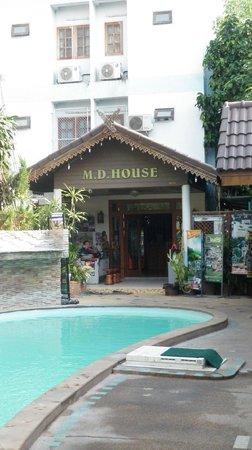M.D. House: Entrance again.