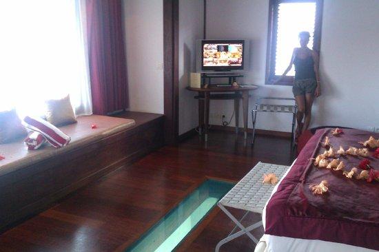 Sofitel Bora Bora Marara Beach Resort: Over the water