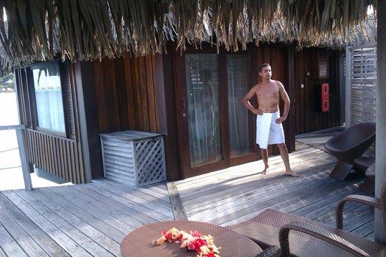 Sofitel Bora Bora Marara Beach Resort : in our private patio at luxury over the water