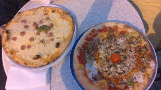 Mounir - Pizzeria & Kebab: Pizza kebab e Biancaneve con wurstel