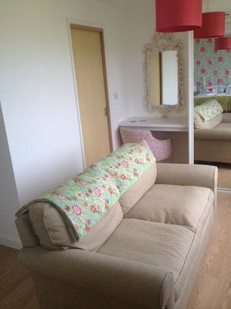 Seavista: Sofa with a view in room 3