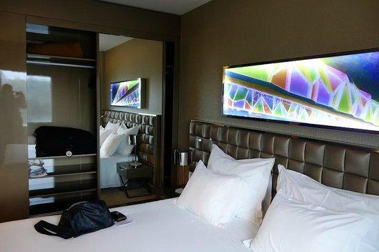 Hotel Dona Ines: Ample storage