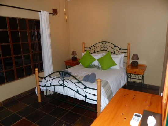 Bushriver Lodge: room