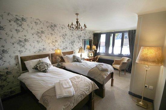 Hotel de France - Le Relais de Ronsard : Jacky Ickx Room