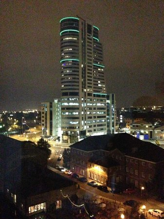 Doubletree by Hilton Hotel Leeds City Centre: View at night - beautiful