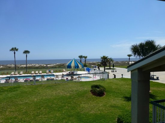 Days Inn & Suites Jekyll Island: View from room 201