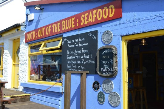 Out of the Blue Seafood: The colourful outside of the restaurant