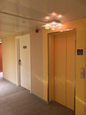 Ibis Budget Cannes Centre Ville: Etage