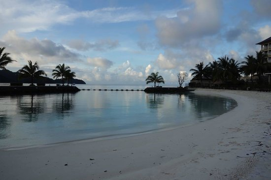 Palau Royal Resort : view from hotel beach