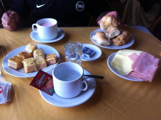 Hotel Colón: Desayuno