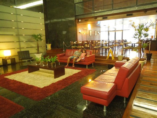 Four Points By Sheraton Montevideo: LOBBY