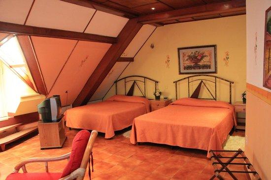 Hotel La Pyramide: Ramses Suite