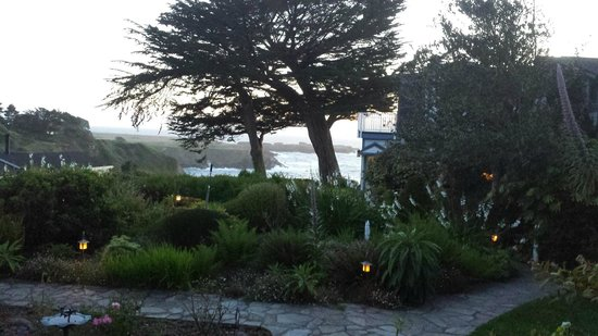 Agate Cove Inn Hotel : View from private deck of the Amber Room