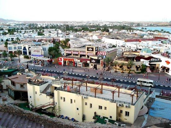 Na'ama Bay : town
