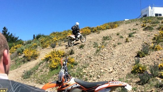 Riders of the Lost Trail - Guided Off Road Motorcycle Trail Tours : wee dainty hillclimb