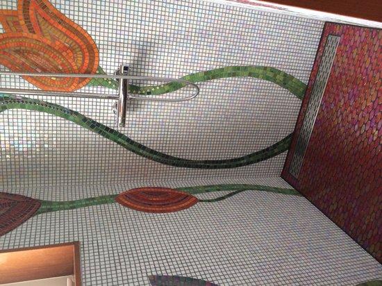 Amphora Apartment: Amazing mosaics