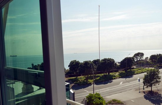 The Waterfront: Superior Studio View
