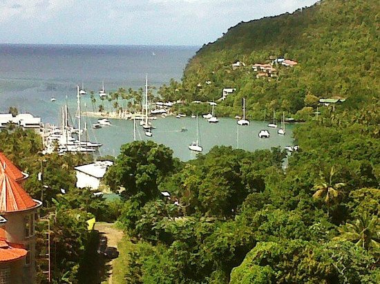 St Lucia Airport Taxi & Tours