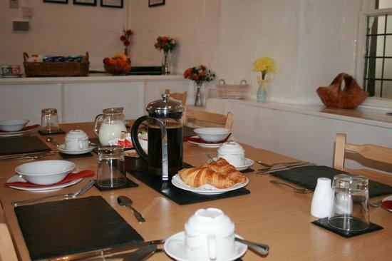 Aber Cottage: Guest Dining Room