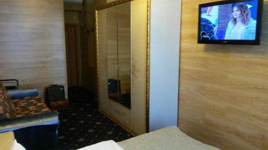 Grand Hotel Belorusskaya: Zimmer
