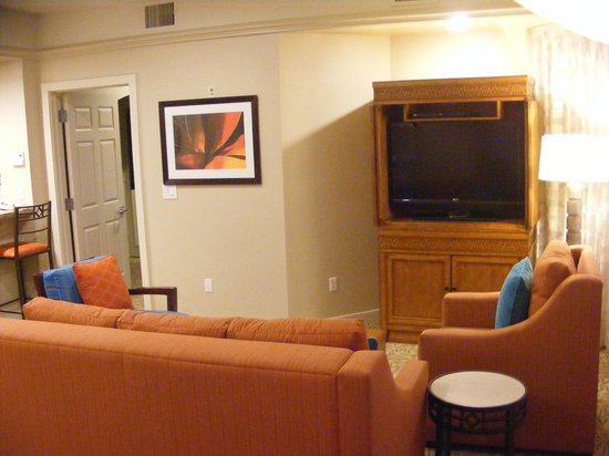 Marriott's Desert Springs Villas II : Living Room with Sofa Bed pullout
