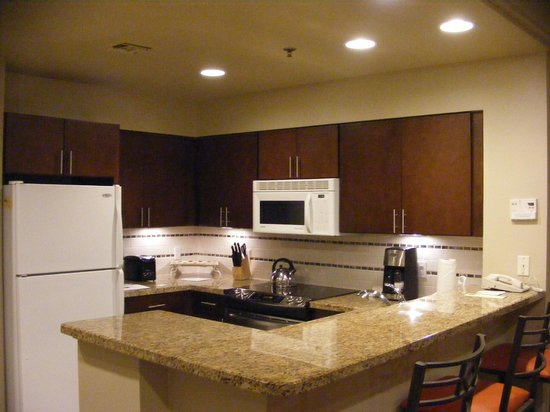 Marriott's Desert Springs Villas II : Full Kitchen with utensils,cookware, & serveware