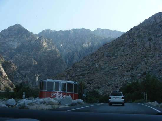 Marriott's Desert Springs Villas II: Almost at the Palm Springs Aerial Tramway center