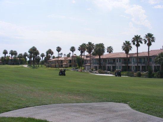 Marriott's Desert Springs Villas II: Golf Course views from the room