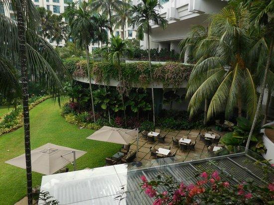 Shangri-La Hotel, Singapore : Valley Wing Patio