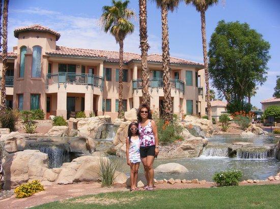 Marriott's Desert Springs Villas II: More Beautiful grounds of the resort