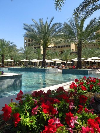 Hilton Ras Al Khaimah Resort & Spa : Poolanlage