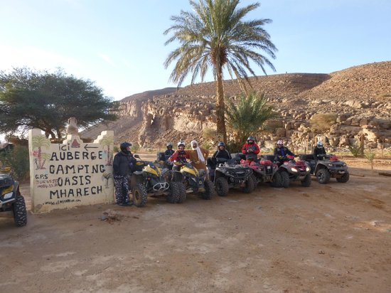 Auberge Camping Oasis El Mharech : team quad a Mharech