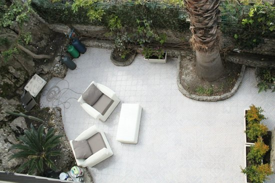 Hotel Villa Carlotta : Lower garden at Villa al Mare