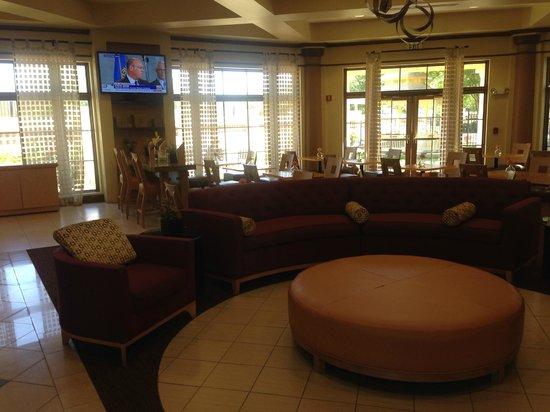 La Quinta Inn & Suites Alexandria Airport : Lobby