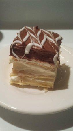 DiCamillo Bakery : half of a Napolean