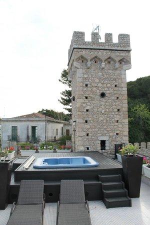 Hotel Villa Carlotta: Jacuzzi roof terrace