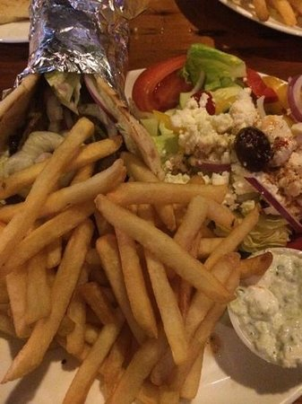 Athena By The Sea : ask for the gyro platter but already wrapped MmM