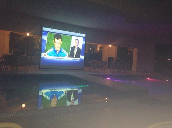 Jaz Sharks Bay: Okay the football games in the pool bar.