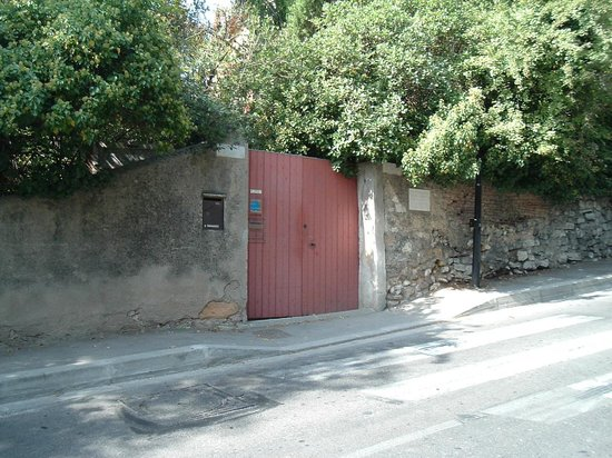 Atelier Cezanne entrance