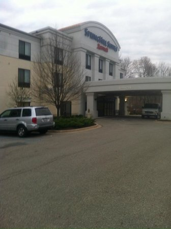 SpringHill Suites Grand Rapids Airport Southeast : front of hotel
