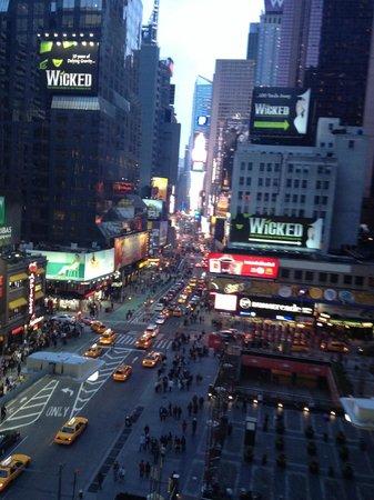 Novotel New York Times Square : times square vu de l'hôtel