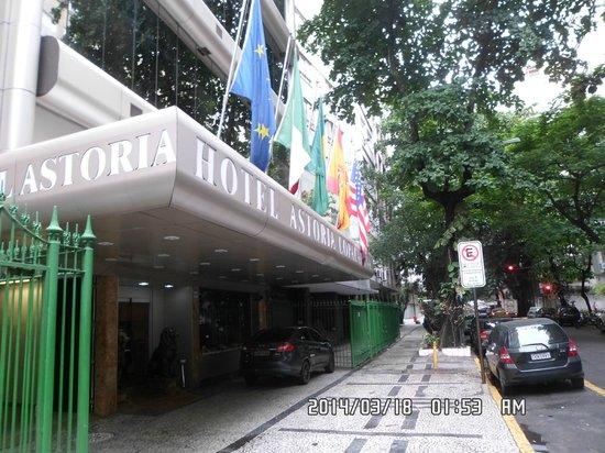 Hotel Astoria Copacabana: su frente