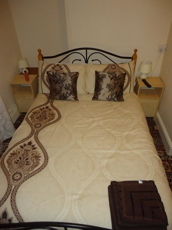 Tudor Lodge: very impressed with the bed/ding