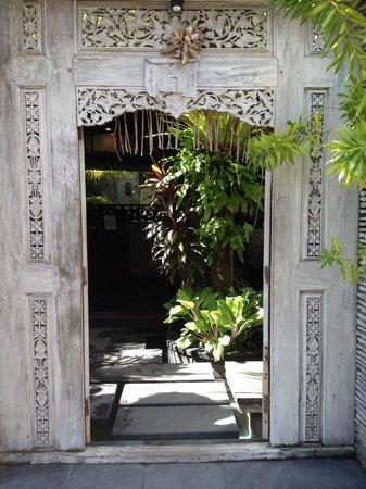 Rumah Santai Villas : Front Gate